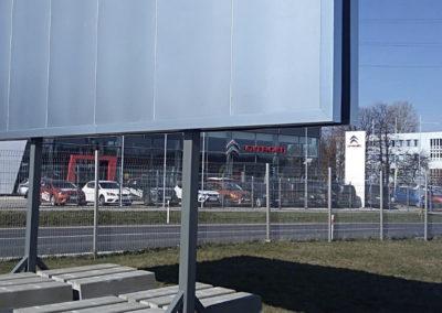 Mobilní oboustranný billboard 10,2 × 2,4 m